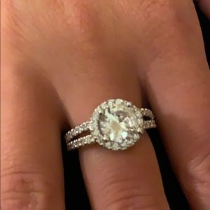 ❤️ .925 Silver Oval Solitaire Shaped Ring .925 ❤️